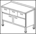 Стол с распашными дверками и выдвижными ящиками СГД-2/1500/600